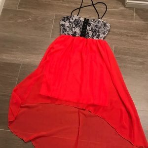 Cute yet sexy dress for any occasion! Never worn!